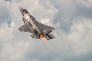Lockheed Martin F-35 Lightni